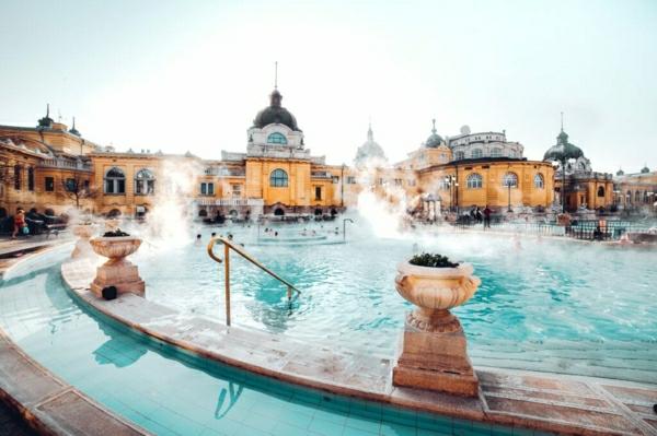 bain Szechenyi Budapest destination thermale