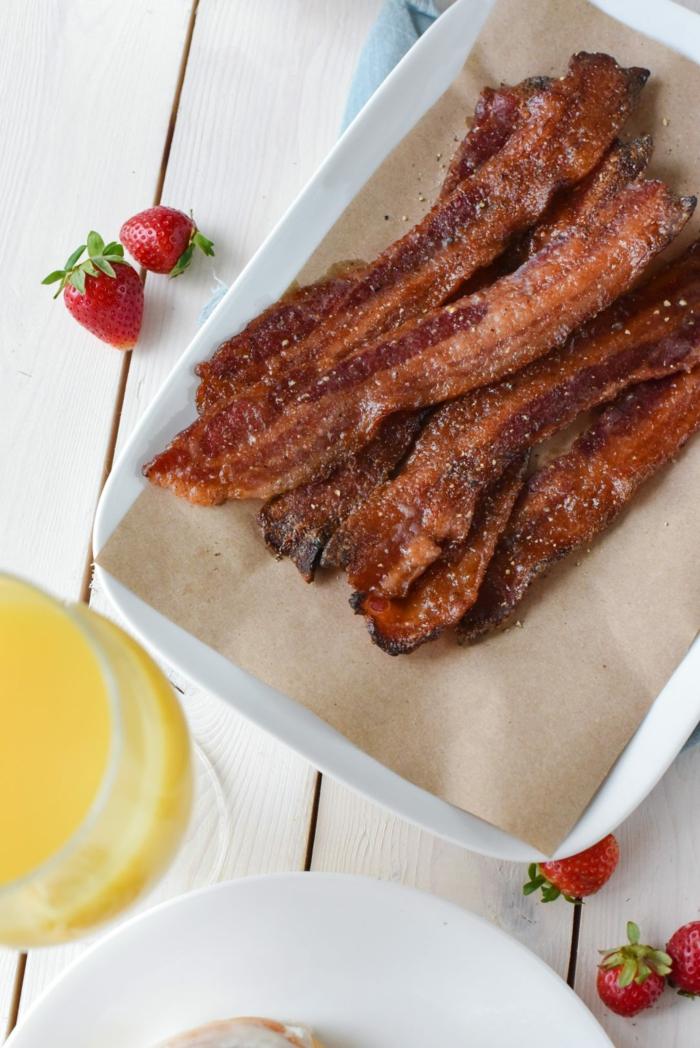 brunch de pâques avec du bacon