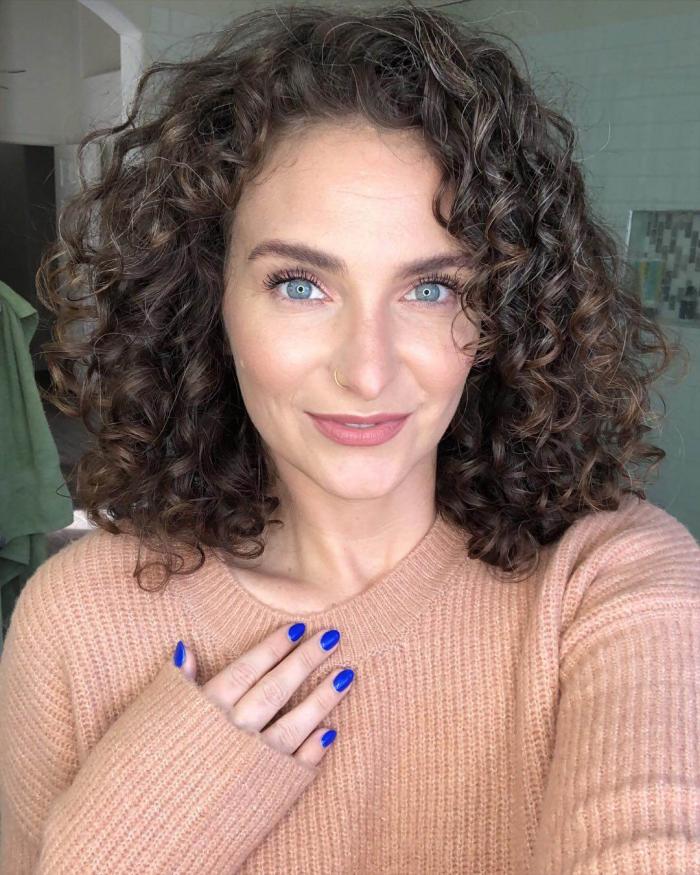 coupe cheveux bouclés conseils utiles