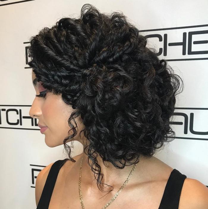 coupe cheveux bouclés un look magnifique