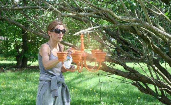 fabriquer une jardinière originale à partir d'un ancien lustre troisième étape