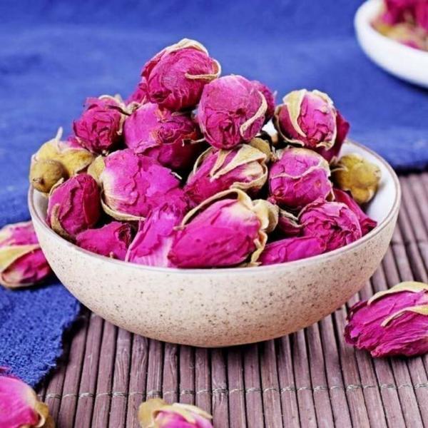 fleurs comestibles roses