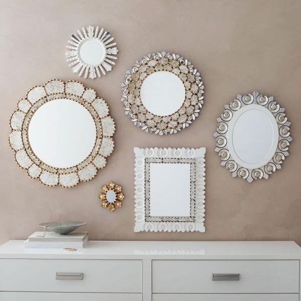 miroir décoratif mural coquillage et éléments métalliques