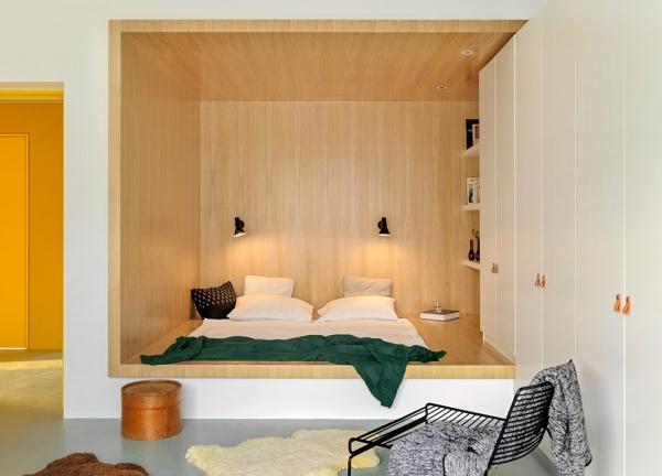 peinture appartement lit et étagères