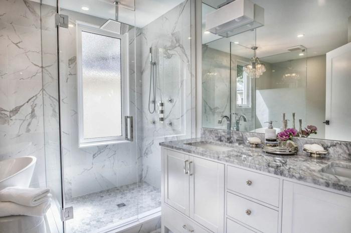 remplacer le rideau de douche par un paroi de douche transparent home staging salle de bain
