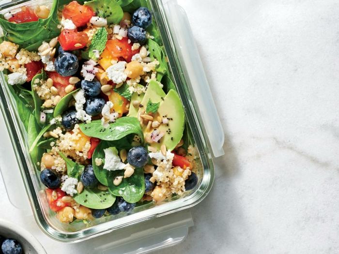 salade-au-quinoa-et-avocat-brunch-de-pâques