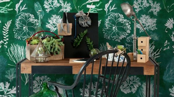 tendance déco intérieur biophilie coin bureau papier peint aux motifs végétaux