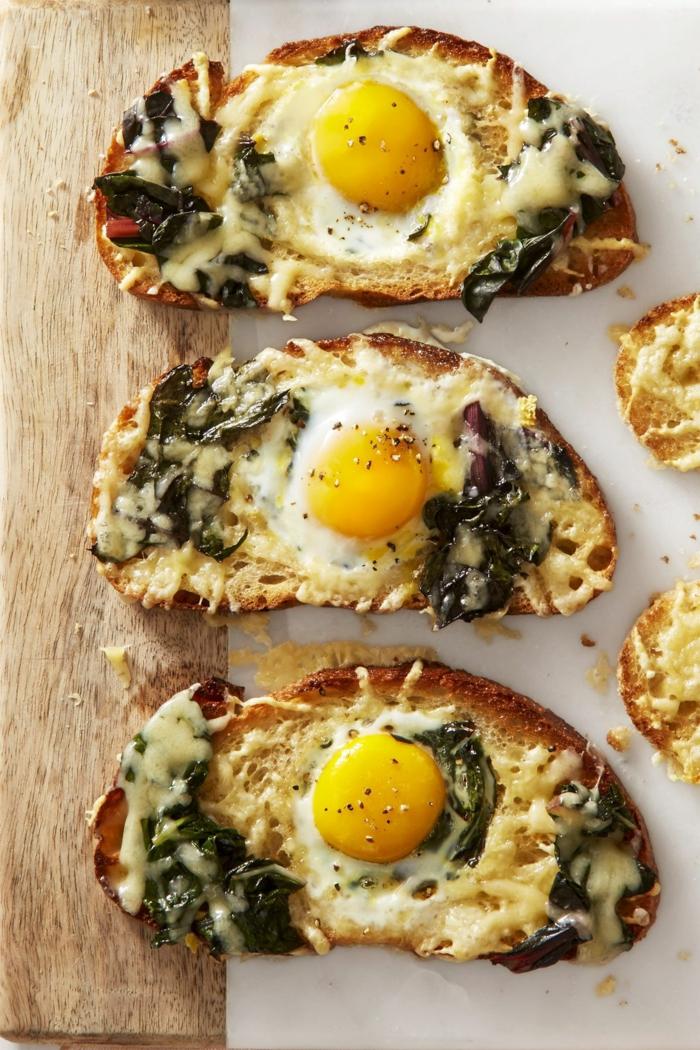toast aux épinards et oeufs brunch de pâques