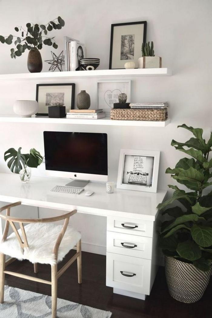 bureau à domicile coin simple et cosy