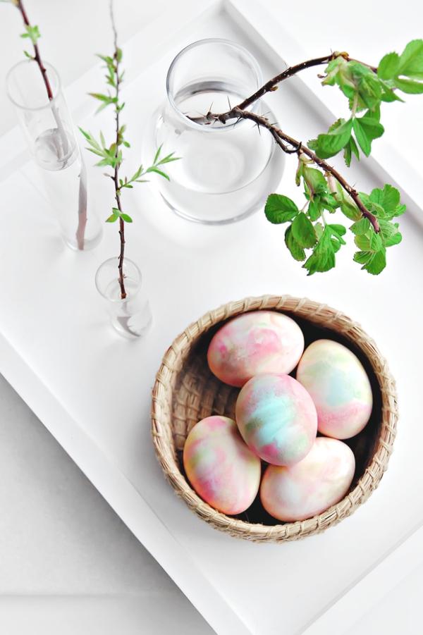 chasse aux oeufs de Pâques à la crème fouettée