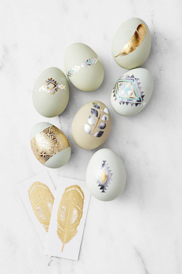 chasse aux oeufs de Pâques idée de tatouage
