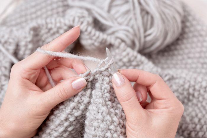 confinement apprendre à tricoter