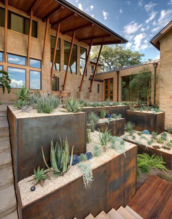 construire un mur de soutènement jardin en métal