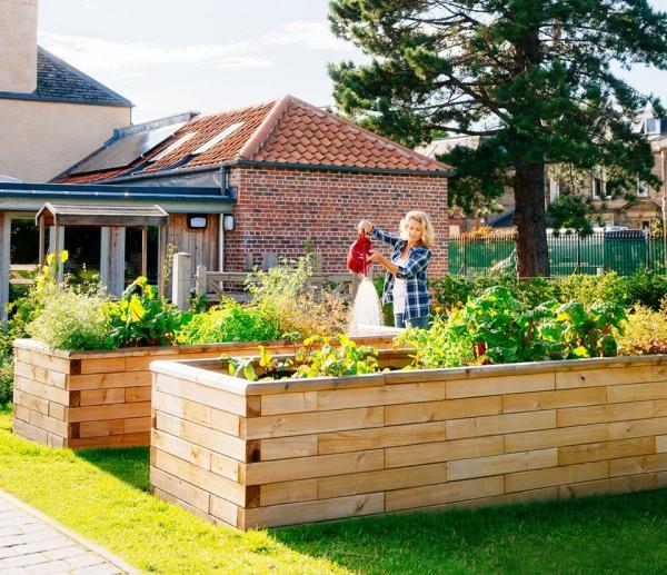 construire un mur de soutènement jardinière surélevée