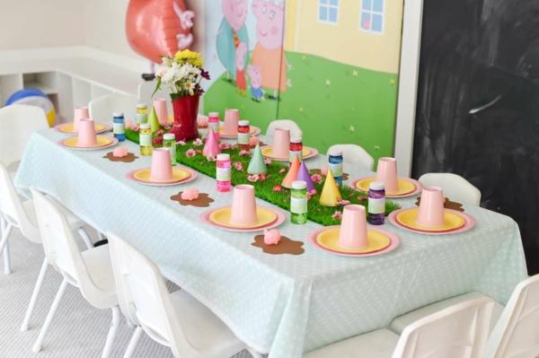 déco anniversaire peppa pig déco de table festive