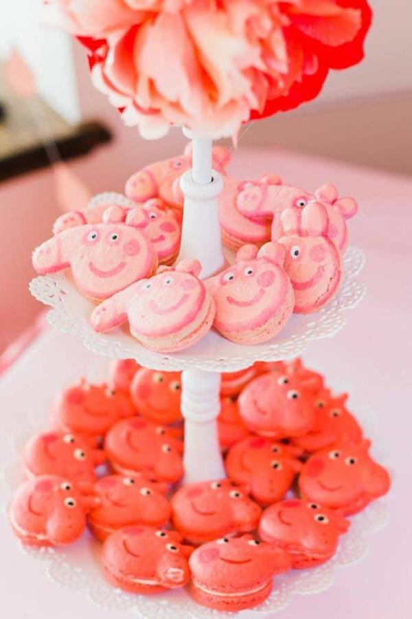 déco anniversaire peppa pig macarons thématiques