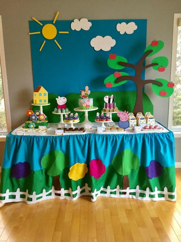 déco anniversaire peppa pig table festive nappe diy