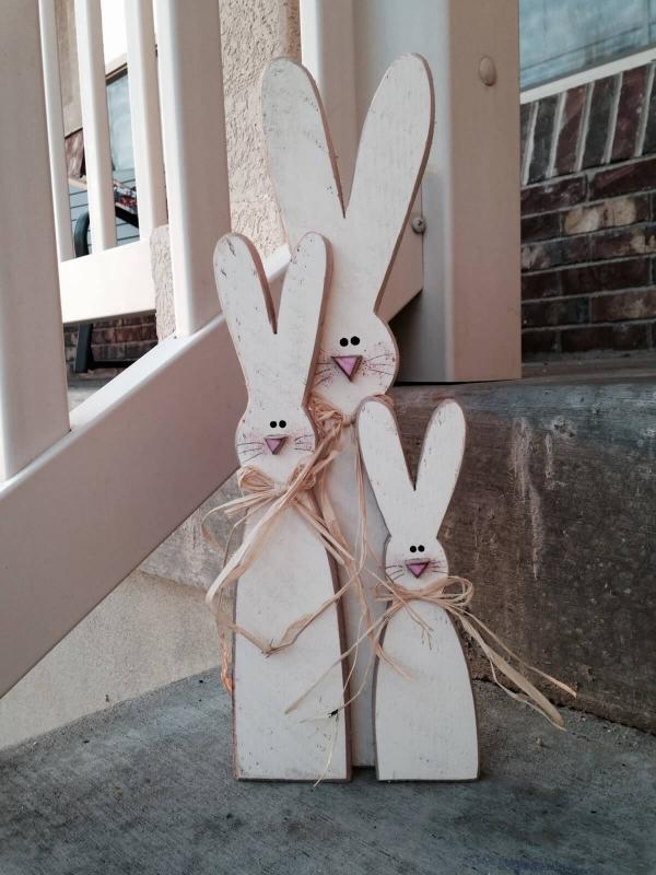 déco de pâques extérieur et jardin jolis lapins en bois de récup