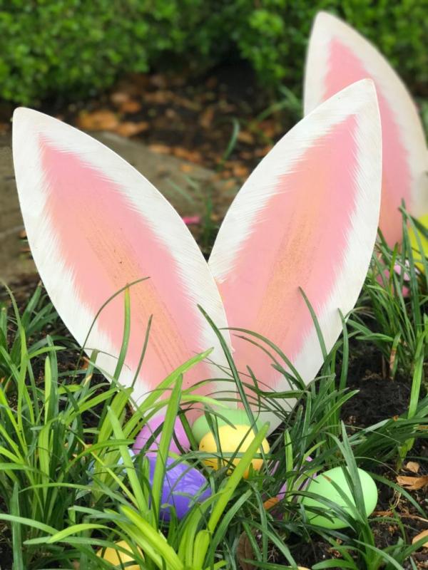 déco de pâques extérieur et jardin oreilles de lapin en carton