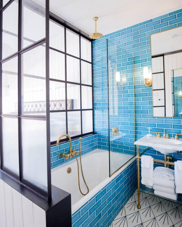 déco suite parentale salle de bains en bleu