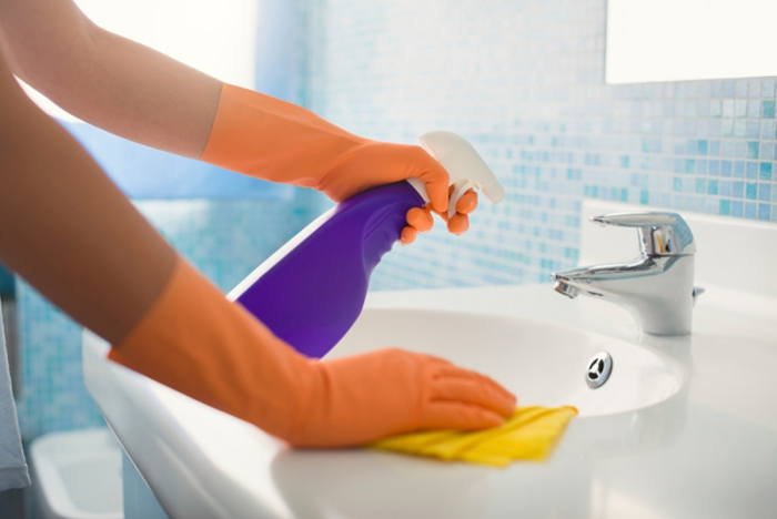désinfecter utiliser des gants