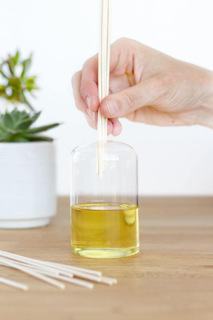 diy diffuseur de parfum bâtonnet idée facile à réaliser