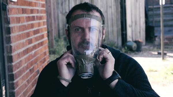 diy masque ultra-protecteur anti-coronavirus avec bouteille plastique