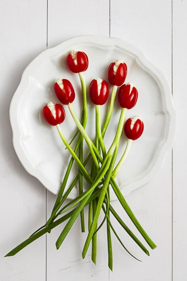 entrée Pâques tulipes aux tomates