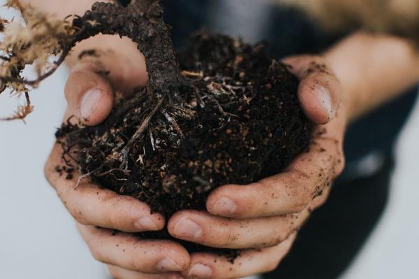 fabriquer un composteur jardin