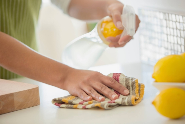 fabriquer vous-même un nettoyant multi-usage avec du savon de castille