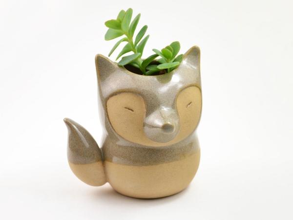 la céramique un renard mignon