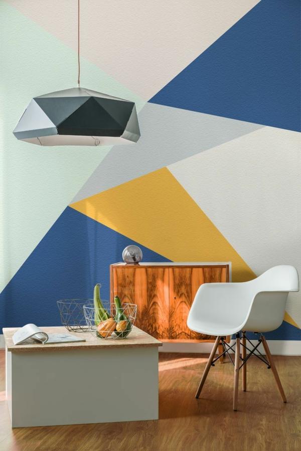 peinture géométrique couleurs contrastantes salon