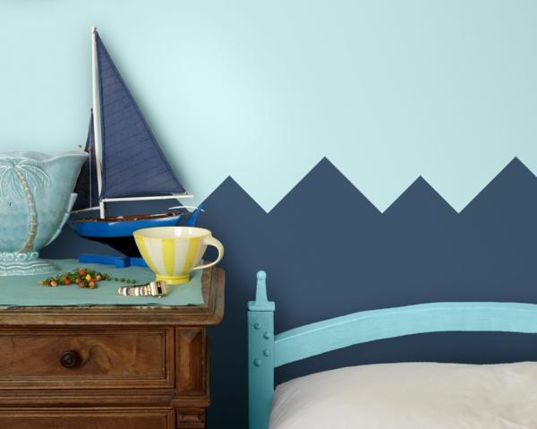 peinture géométrique nuance de bleu chambre