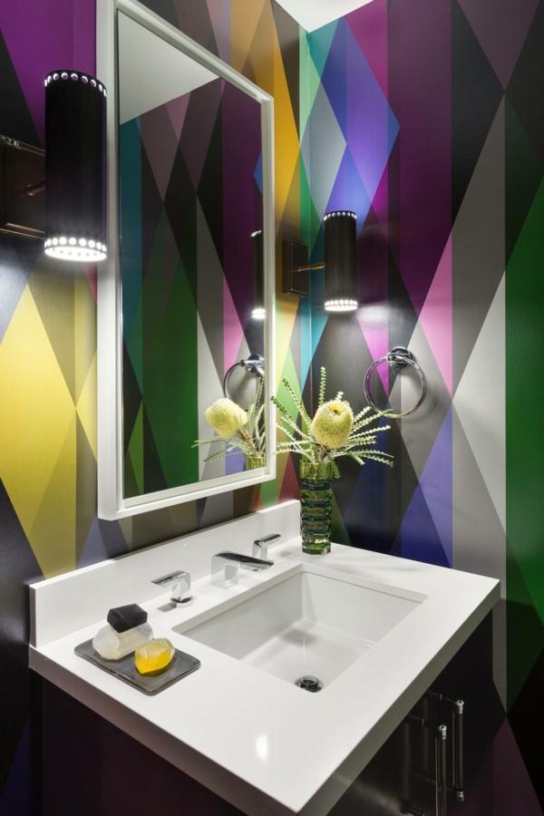 peinture géométrique tons contrastants salle de bain