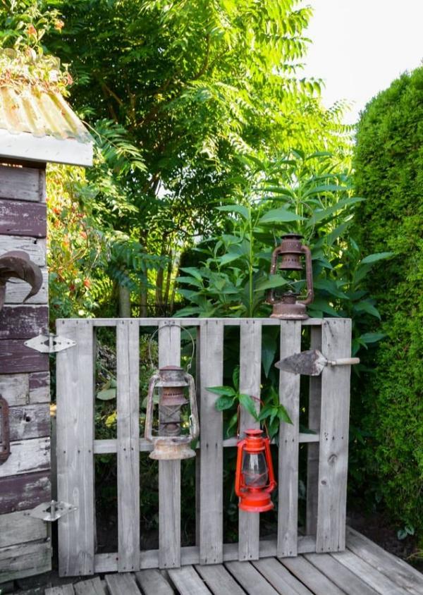 portillon de jardin en bois de palette