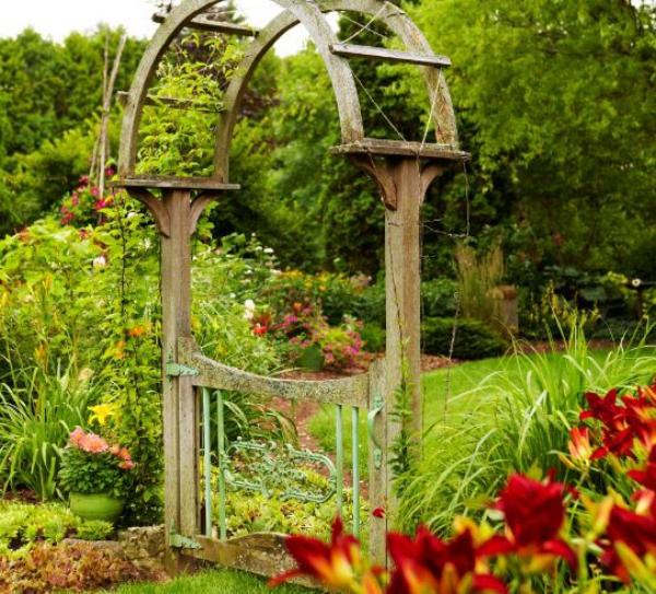 portillon de jardin en bois et métal