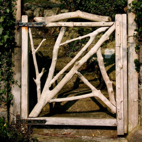 portillon de jardin en bois style rustique