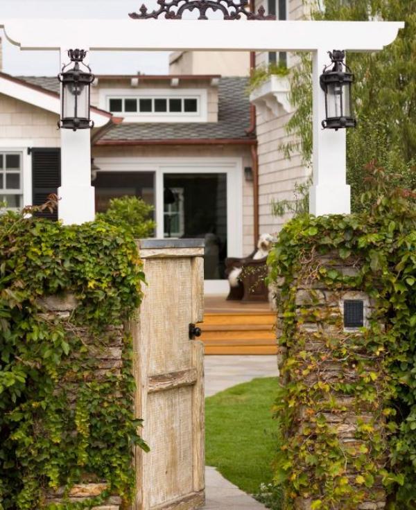 portillon de jardin en fer bois et pierre