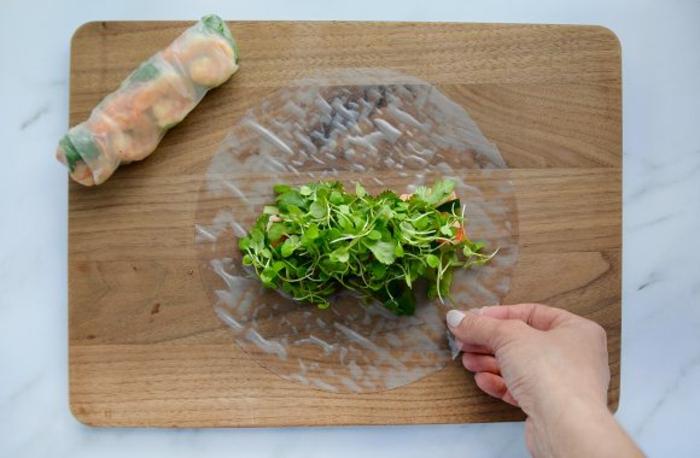 recette rouleau de printemps aux micro pusses et crevettes