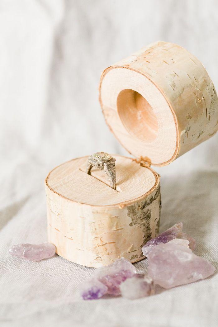 boîte à bijoux en bois rondin de bois déco idées inspirantes pour créer une ambiance unique