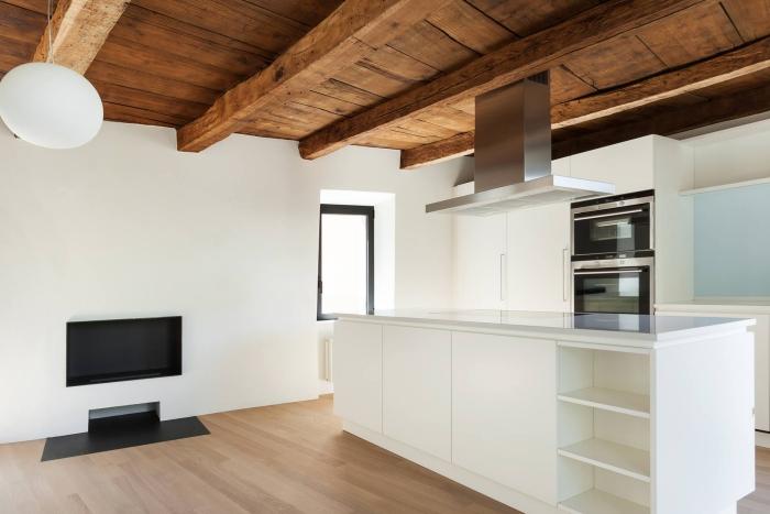 comment rénover une maison plafond en bois