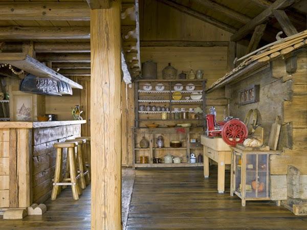 cuisine chalet en bois clair en style rustique