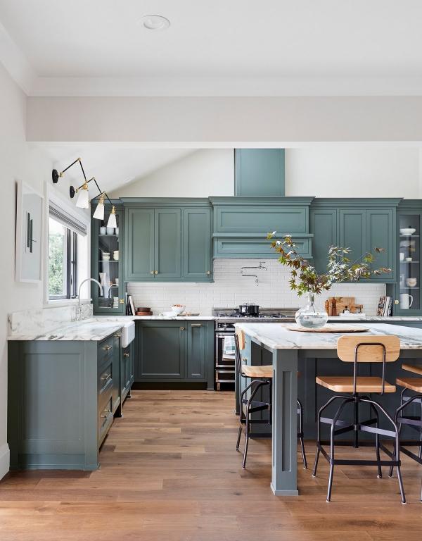 cuisine moderne 2020 en couleur étain vert
