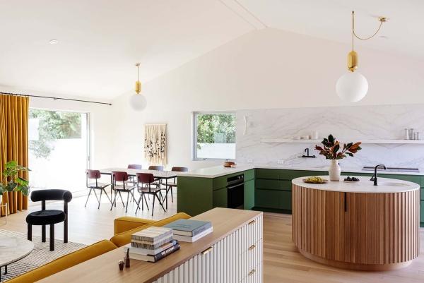 cuisine moderne 2020 vert, beige, orange