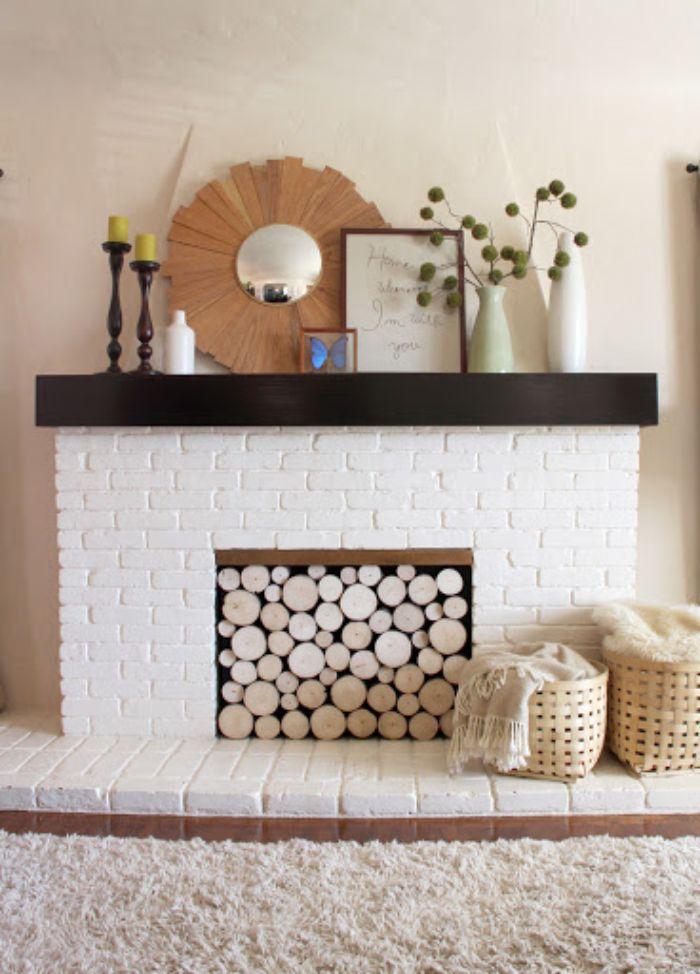 déco fausse cheminée rondin de bois déco idées inspirantes pour créer une ambiance unique