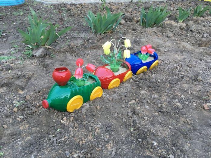 déco jardin unique idée recyclage bouteille plastique