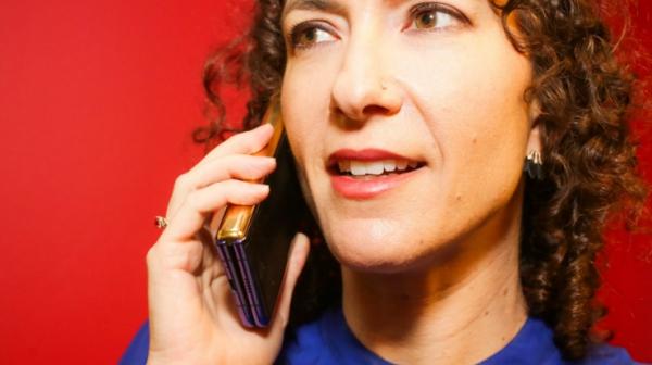 désinfecter un téléphone collecter les microbes