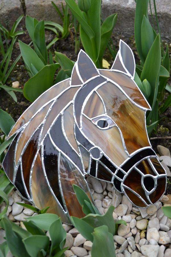diy déco de jardin cheval de verre pour vitrail