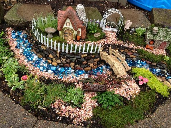 diy jardin de fée avec des pierres décoratives