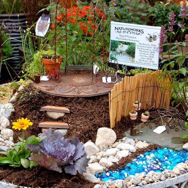 diy jardin de fée avec rivière de pierres galets gemmes de verre